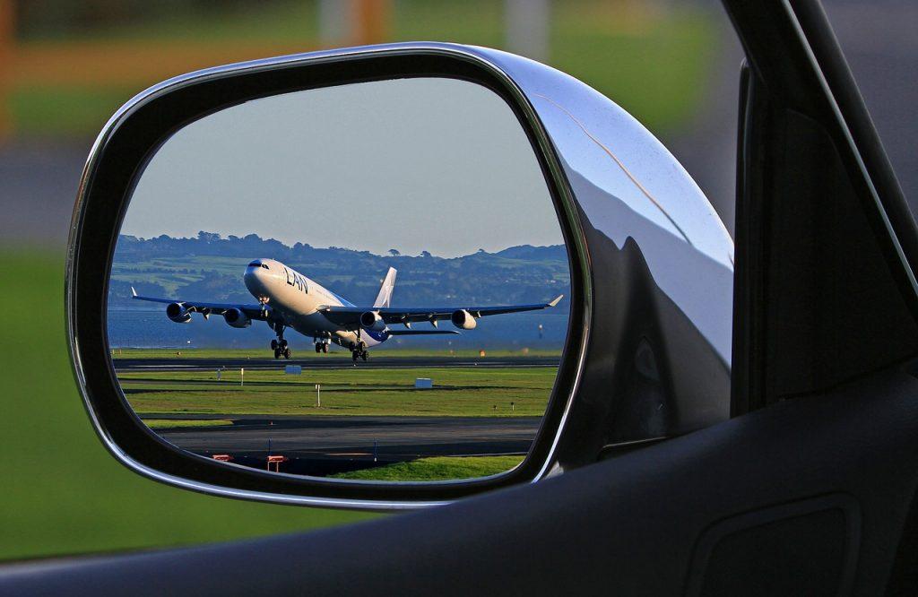 ou garer-voiture-pendant-vacances
